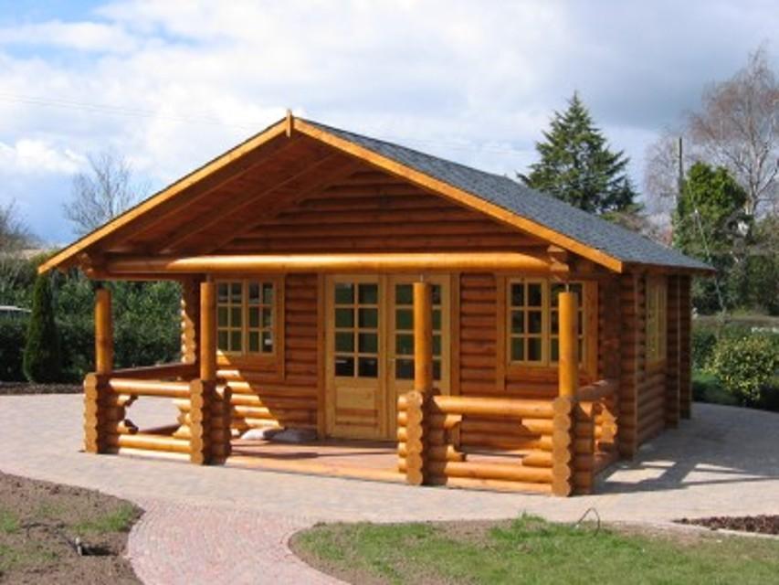 Le tipologie di una casa di legno infoperte for Immagini di case arredate
