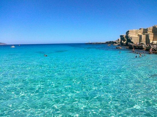 Le isole egadi vero tesoro del mediterraneo infoperte for Calla rossa