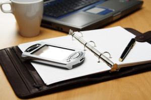 Vantaggi e svantaggi di acquistare o costituire un'azienda