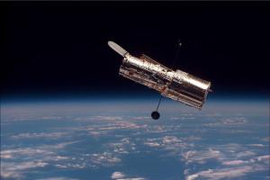 1024px-Hubble_01
