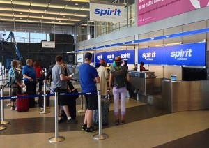 Spirit_Airlines_Check_In,_