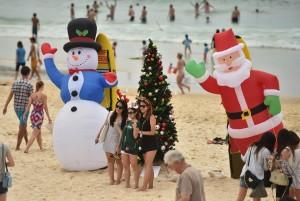 Il Natale in Australia: Babbo Natale arriva in spiaggia!
